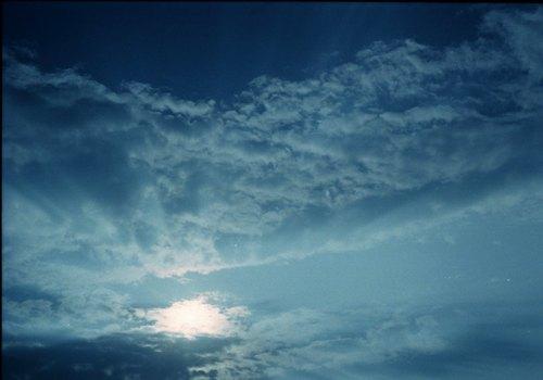 嵐の去った後の雲